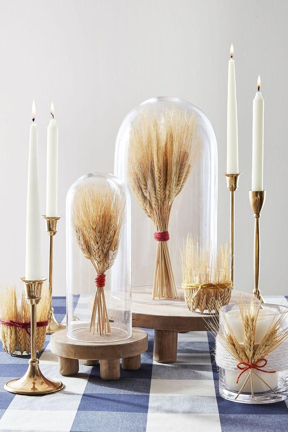 Tischideen und Ambiente: Dekorative Kerzen für ein herbstliches Ambiente am Tisch