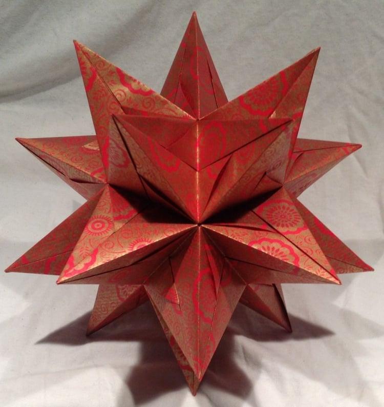 Sterne basteln 3D Papier falten herrlicher Look