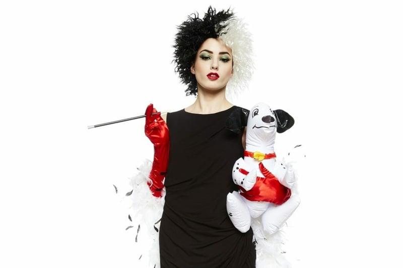 Cruella De Vil Kostüm zu Fasching