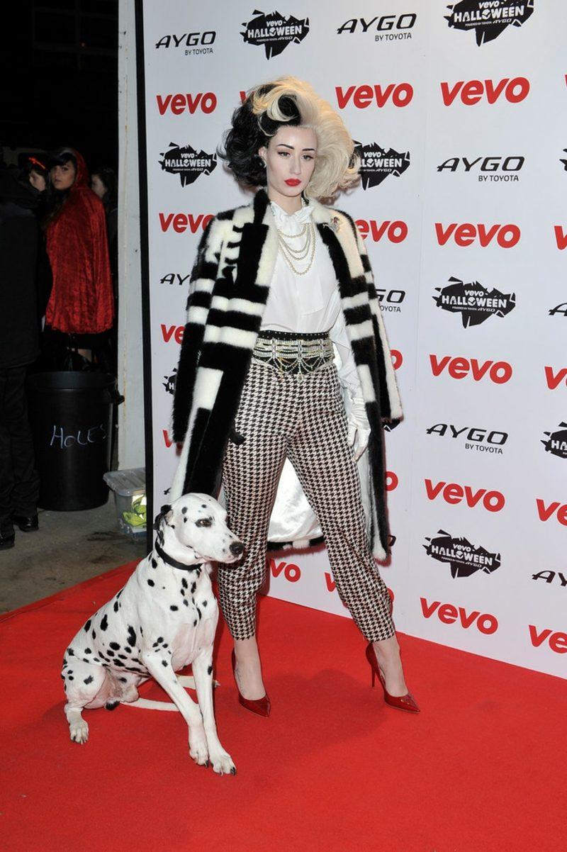 Cruella De Vil Kostüm Iggy Azaleia