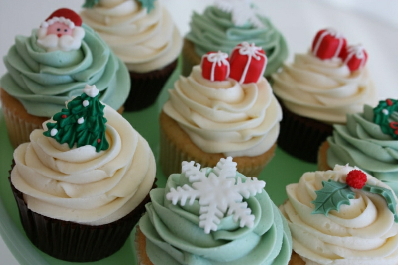 Weihnachts Cupcakes originelle Deko aus Fondant