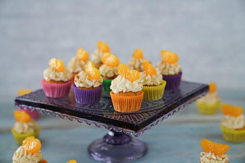 Weihnachts Cupcakes Mandarinen und Sahnecreme