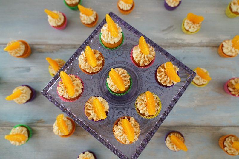 Weihnachts Cupcakes mit Mandarinen Rezept Servierungsvorschlag