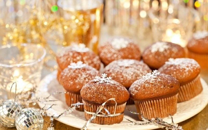 Weihnachts Cupcakes Schneeflocken schmackhaft