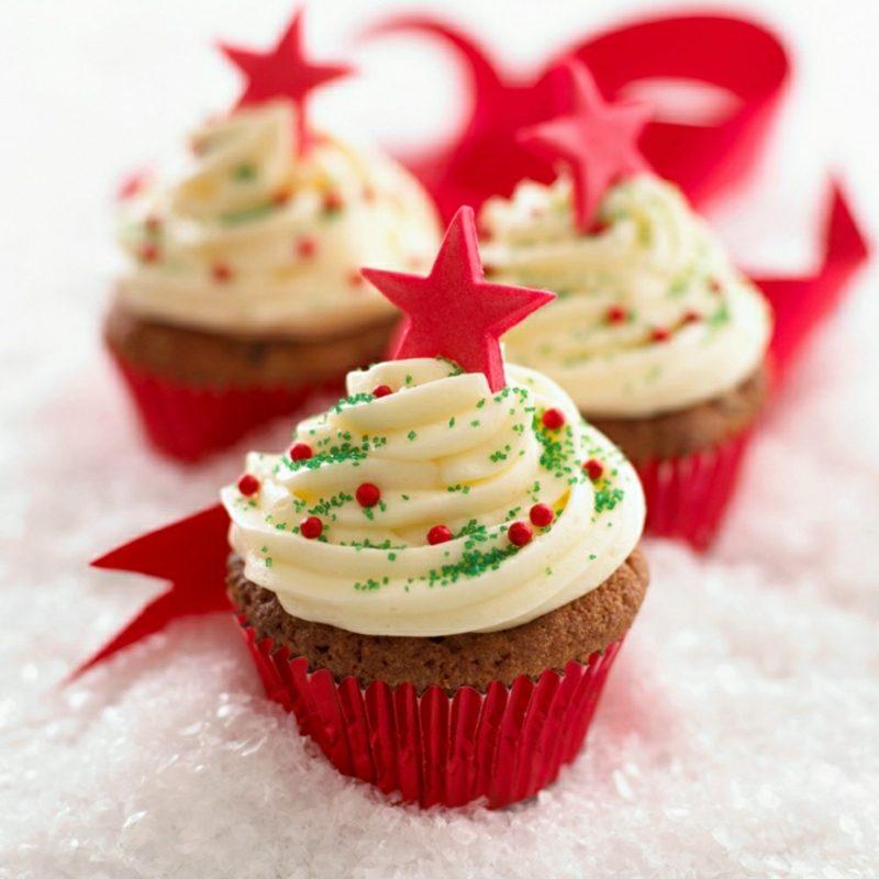 Weihnachts Cupcakes rote Sternchen Perlen