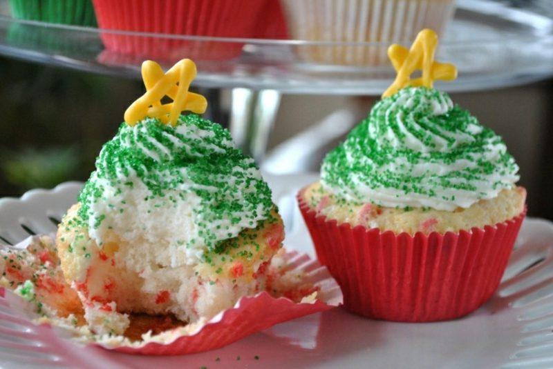 Weihnachts Cupcakes Tannebaum Glasur Sternchen