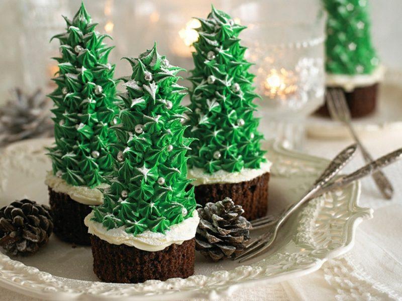 Weihnachts Cupcakes Tannebaum realistisch Eiswaffeln