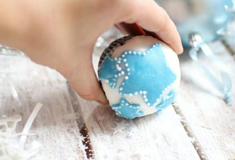 Weihnachts Cupcakes blaue Sterne Fondant