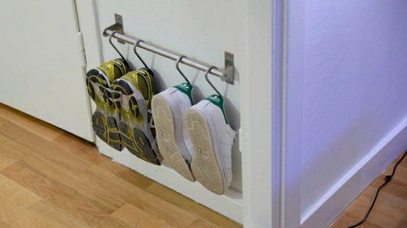 Schuhregal selber bauen Metallhaken Kleiderständer