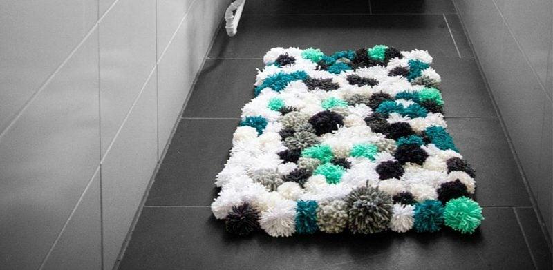 Teppich selber machen aus Bommeln inspirierende Ideen