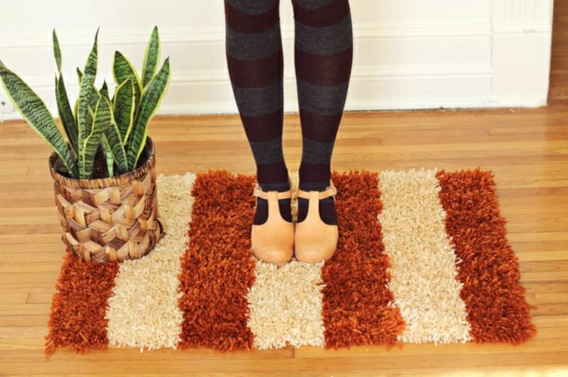 Teppich selber machen Streifenmuster weich modern