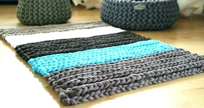 Teppich selber machen Streifenmuster stricken grob