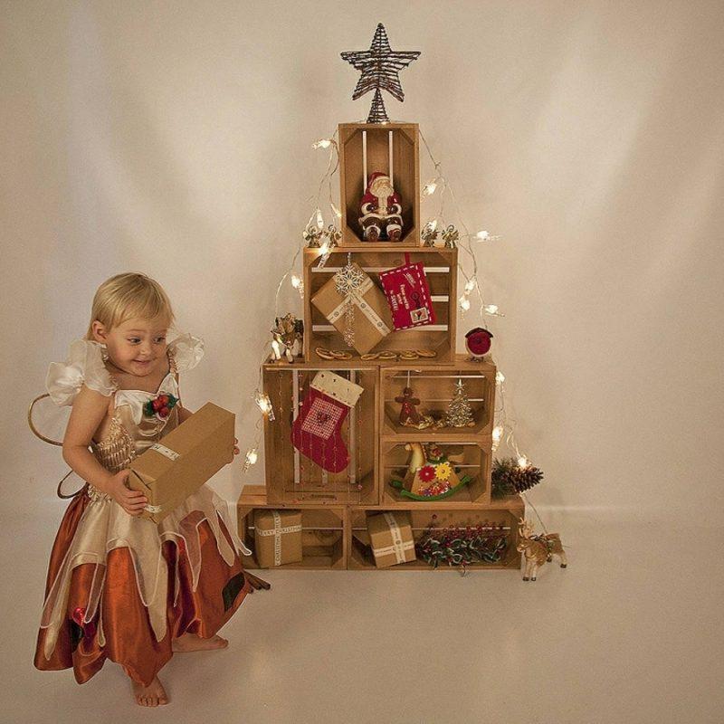 Weihnachtsbaum basteln Holzkisten Geschenke