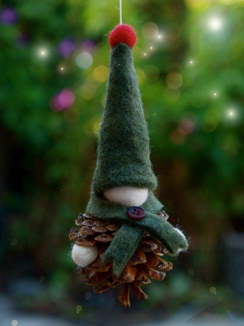 Wichtel basteln Weihnachtsbaumdeko Naturmaterialien