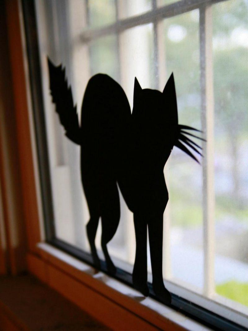 Halloween Deko selber machen für drauβen Fenster schwarze Katze