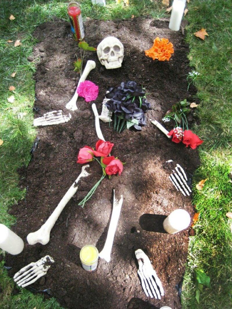 Halloween Deko selber machen für drauβen Grab Knochen