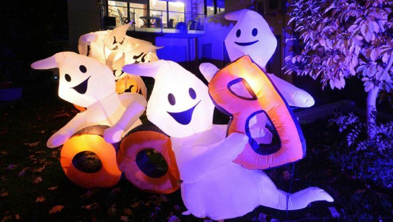 Halloween Deko selber machen für drauβen Luftballons Gespenster
