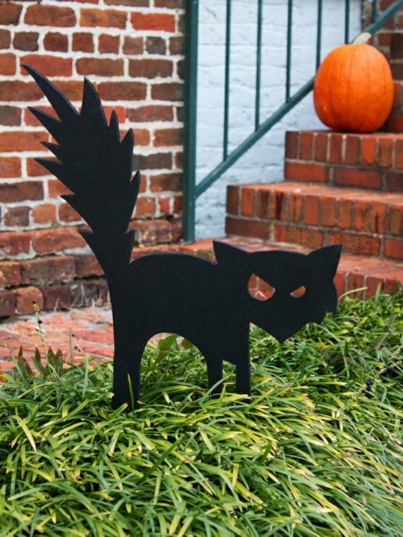 Halloween Deko selber machen für drauβen schwarze Katze Silhouette