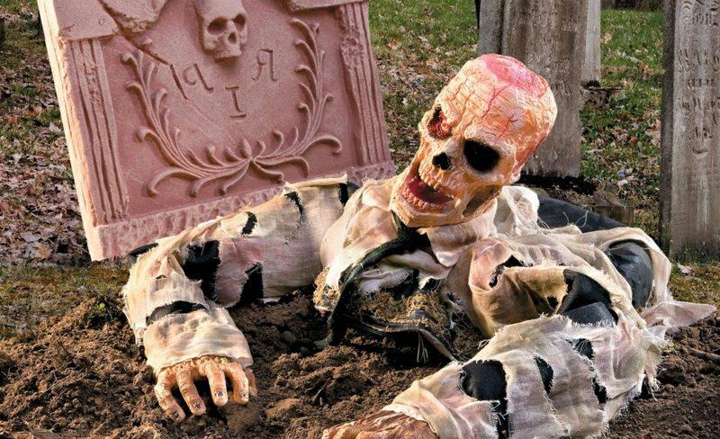 Halloween Deko selber machen für drauβen Zombie