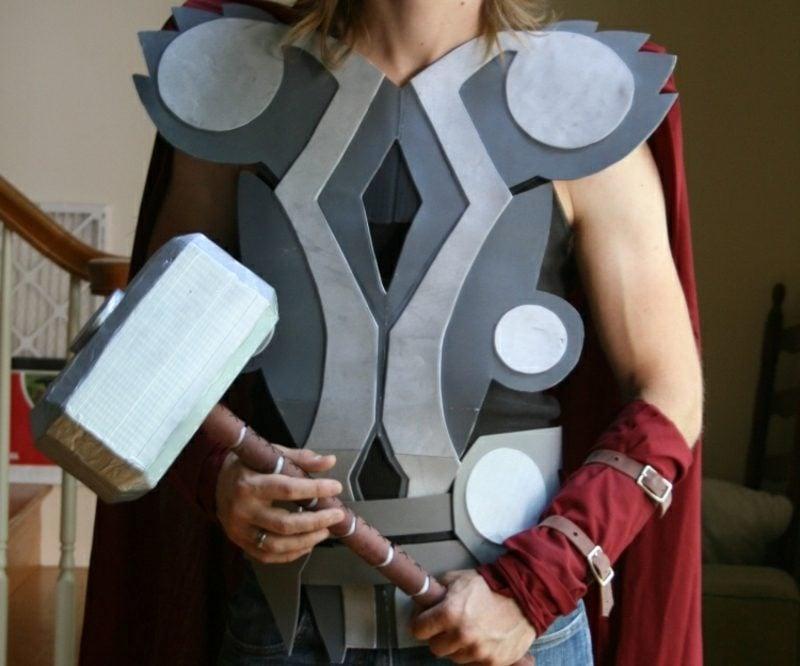 Halloween Kostüme Herren Superheld Verkleidung Karton Thor