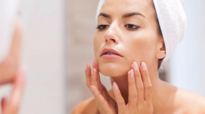 nicht komedogenes Make up Schminktipps bei Hautproblemen