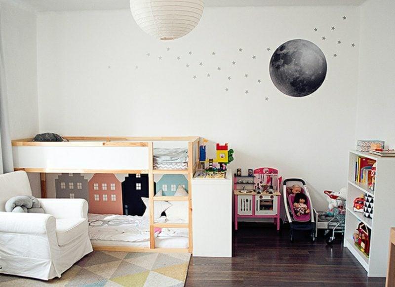 IKEA Kinderbett Kuschelecke unten Wandtattoo