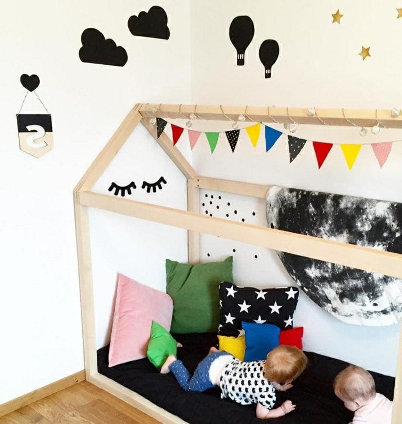 IKEA Kinderbett Spielhaus Deko Girlande Wolken