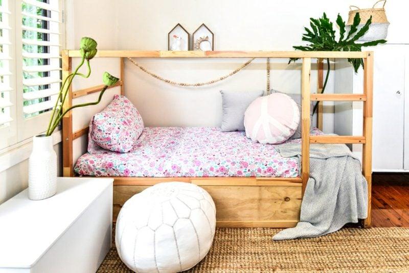 IKEA Kinderbett stilvoll Mädchenzimmer