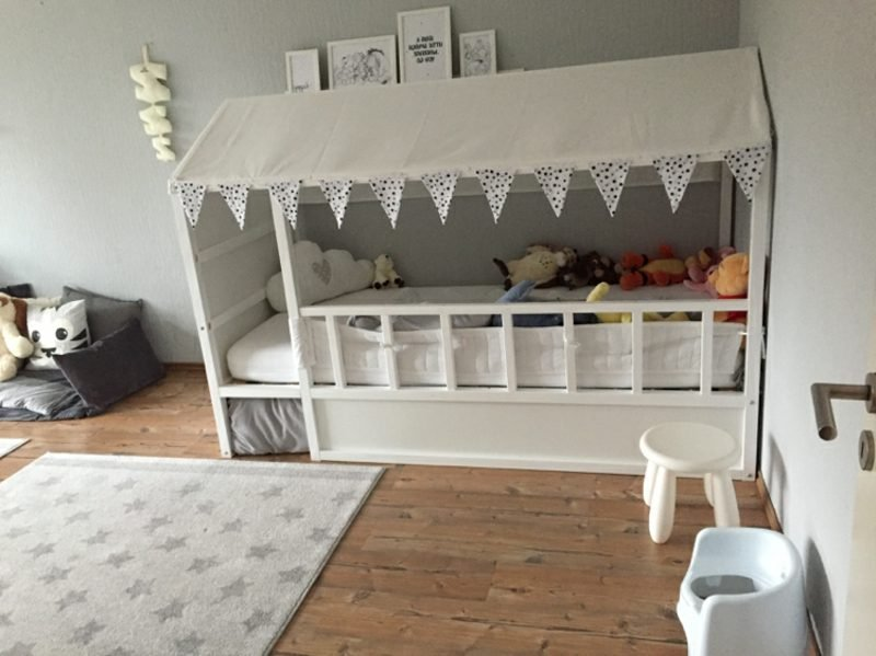IKEA Kinderbett Zelt weiss Girlande