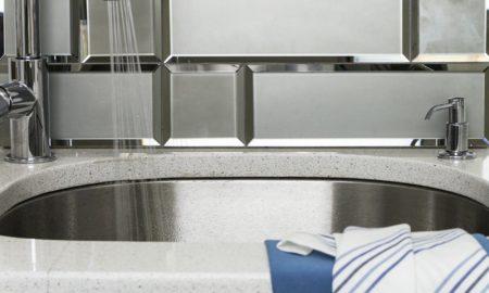 Spiegelfliesen Küchenrückwand