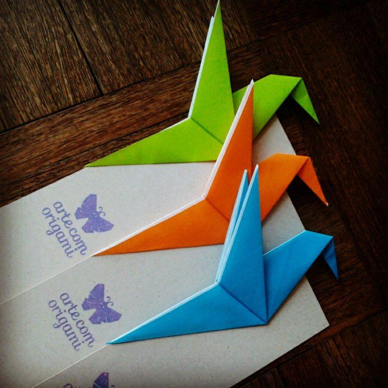 Bastelideen für Erwachsene Origami Kolibri Lesezeichen