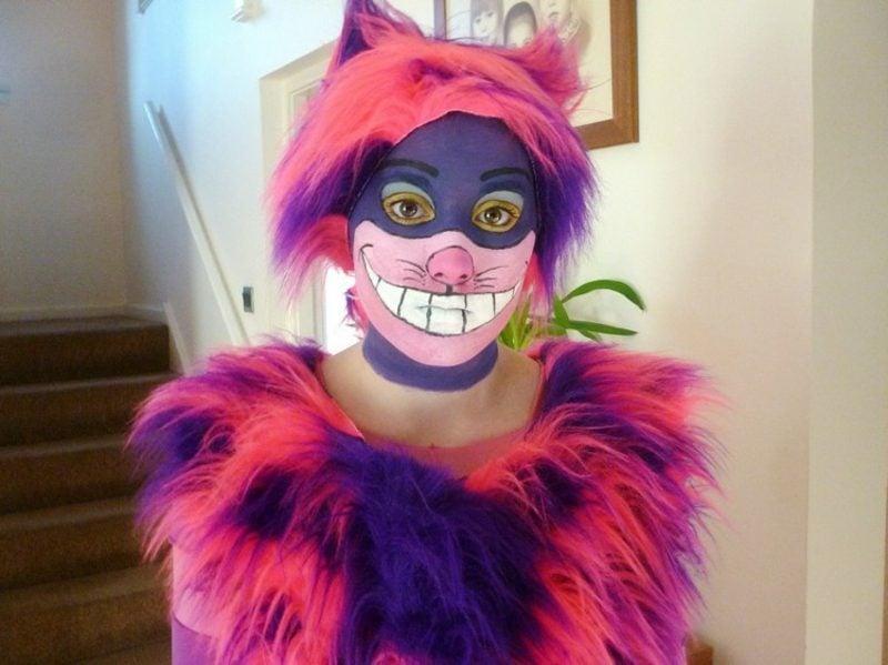 Alice im Wunderland Kostüm Grinsekatze schminken