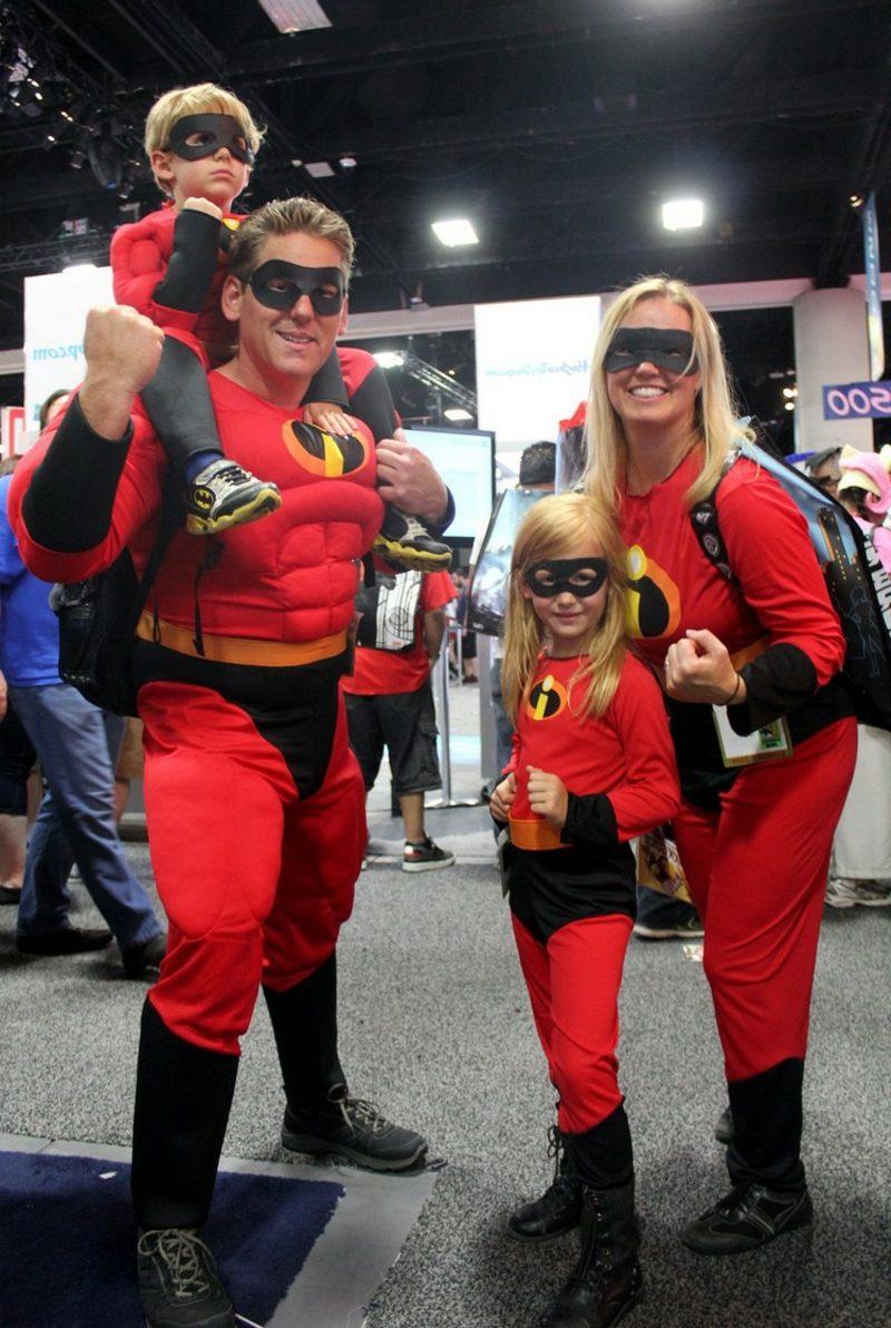 lustige Kostüme Familie Superhelden