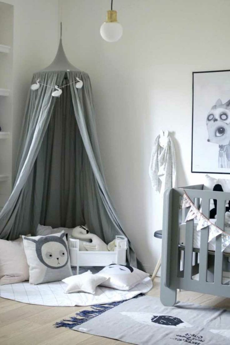 Kuschelecke Kinderzimmer Himmelsbett grau romantisch