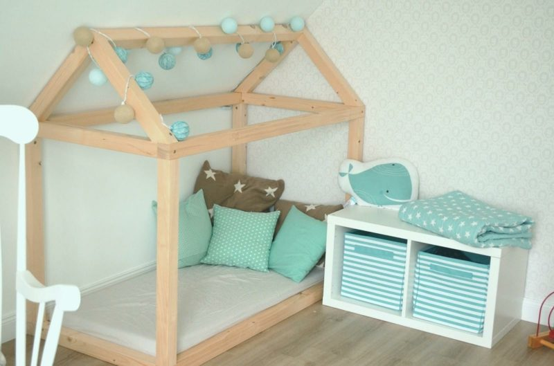 Kuschelecke Kinderzimmer Holzgerüst Haus