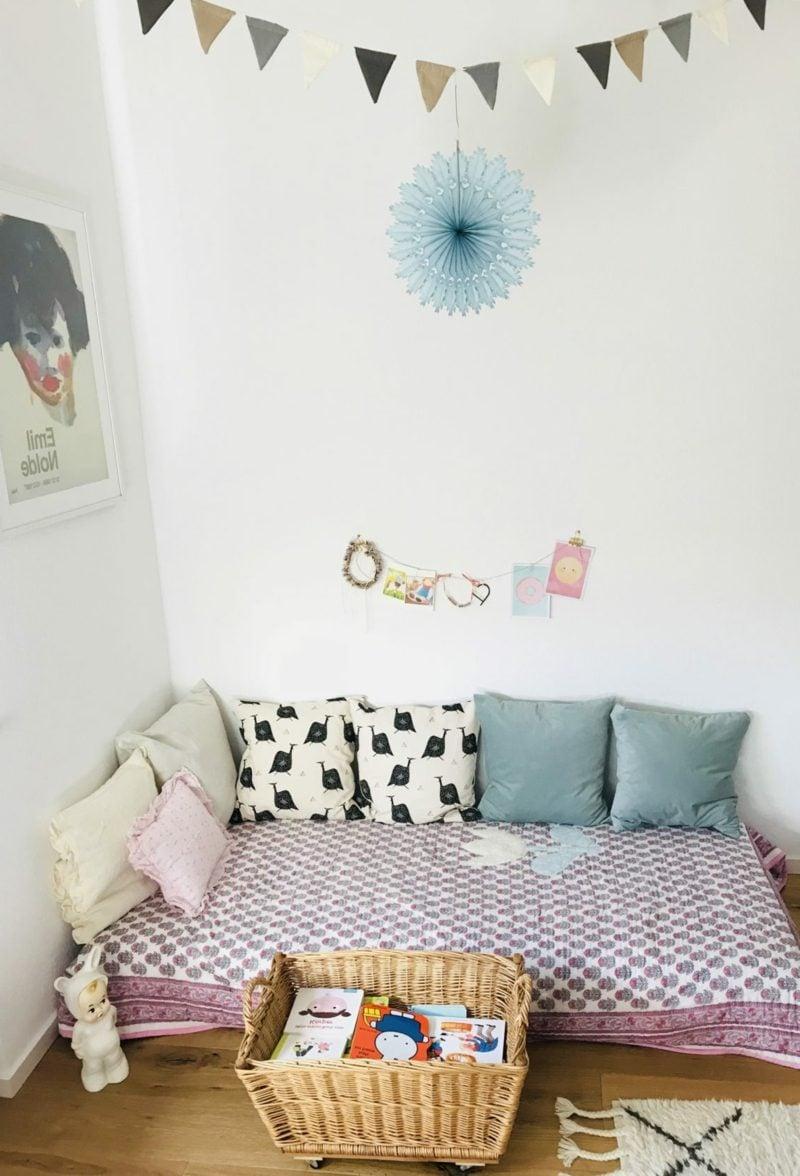 Kuschelecke Kinderzimmer Matratze Dekokissen