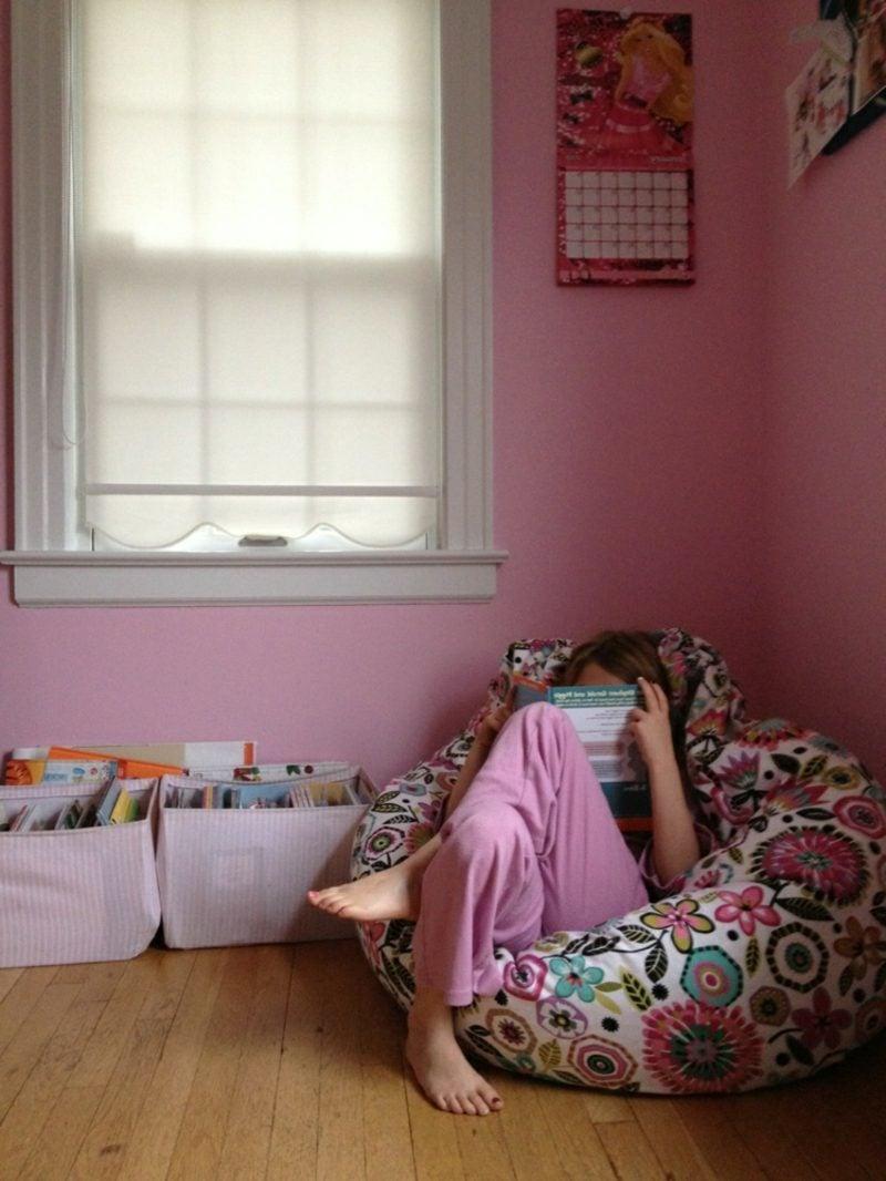 Kuschelecke Kinderzimmer Lesen Sessel bequem