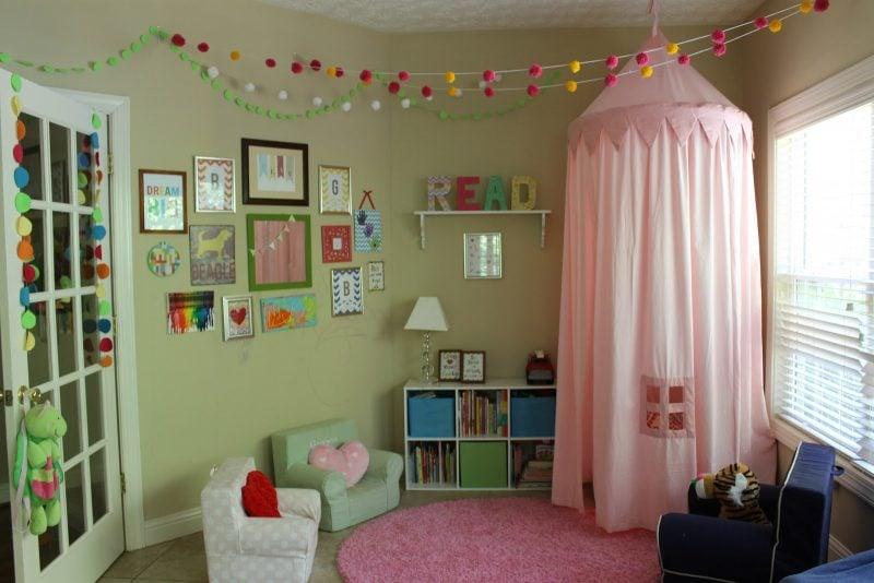 Kuschelecke Kinderzimmer Himmelsbett kleine Prizessin