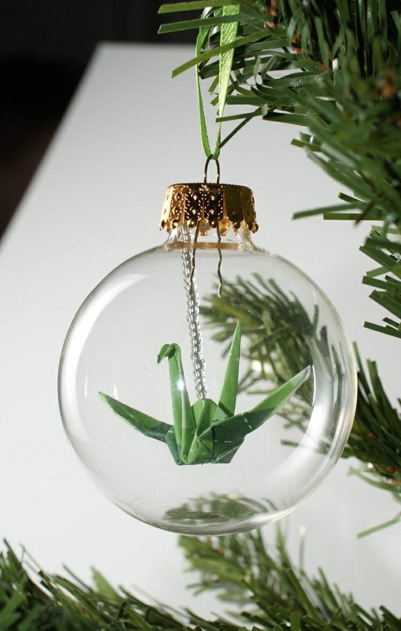 Bastelideen für Erwachsene Origami Kranich Weihnachtsbaumkugel