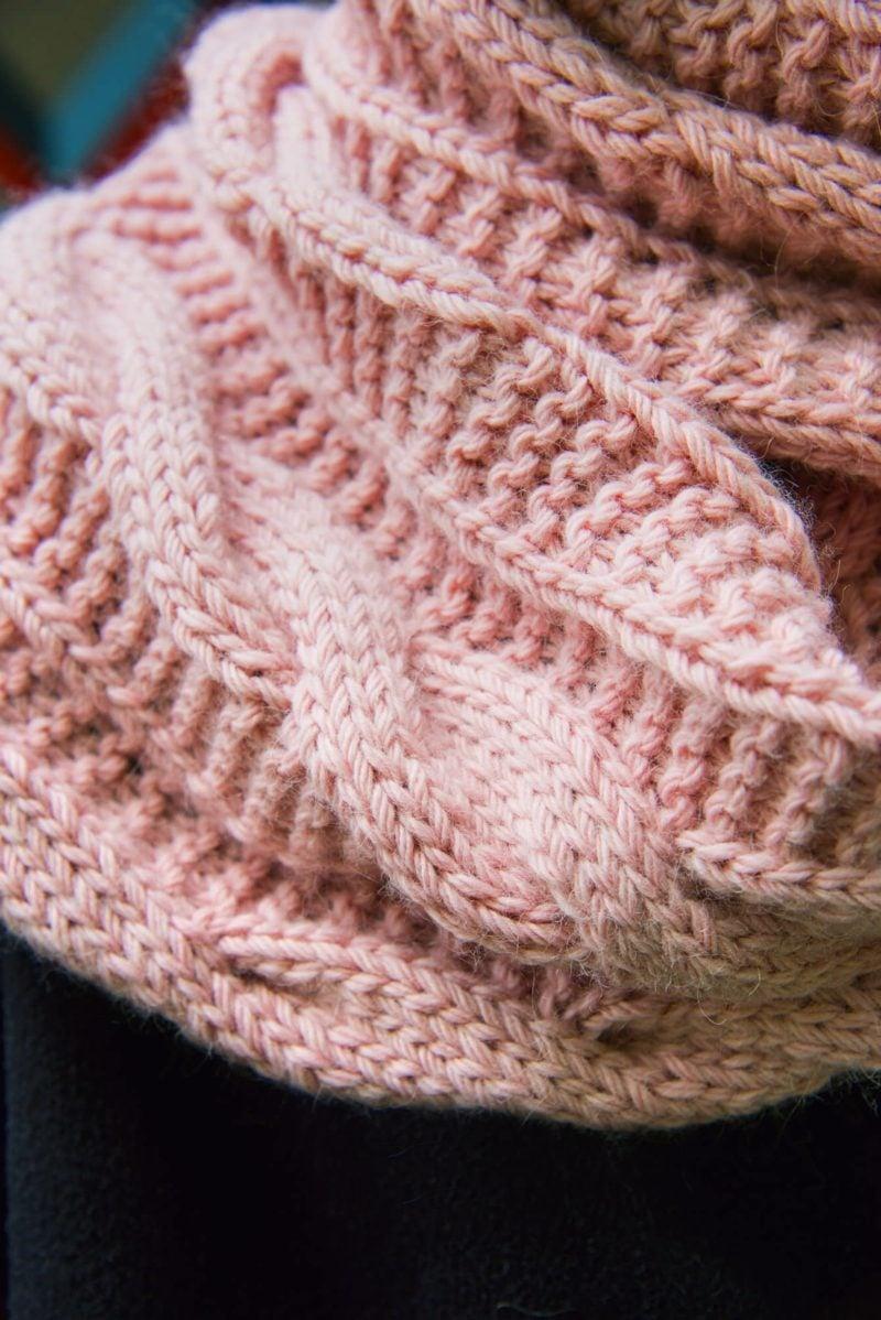 Häkelmuster Zopfmuster rosa