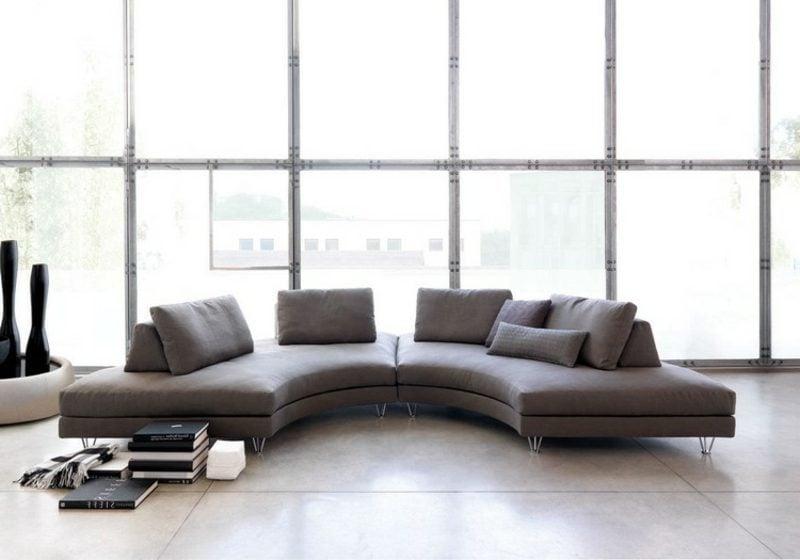 rundes Sofa grau Wohnzimmer industriell