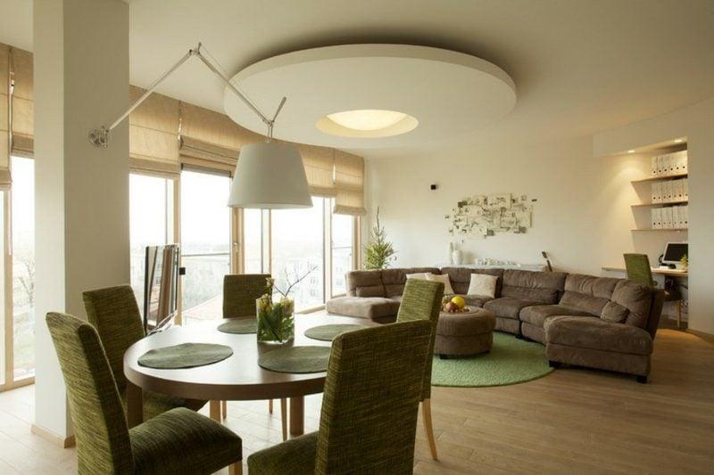 rundes Sofa in Schokobraun Wohnzimmer Essbereich