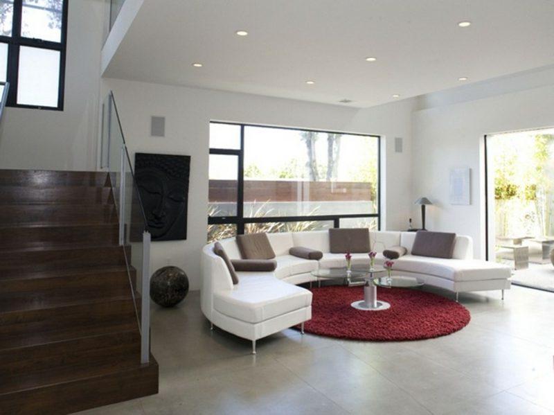 rundes Sofa Couchtisch Teppich rund rot