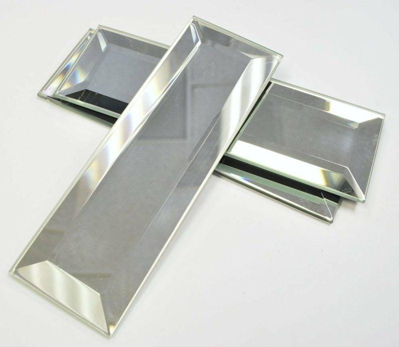 Spiegelfliesen als Wandverkleidung modern