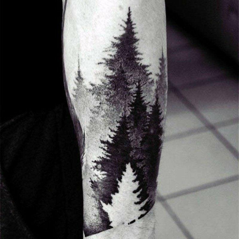 Wald Tattoo Silhouetten schwarz weiss