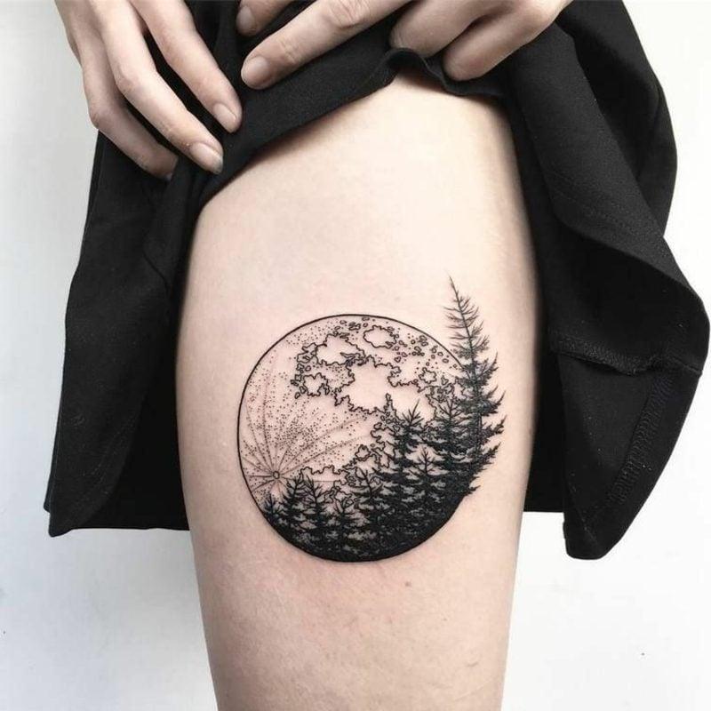 Wald Tattoo Vollmond Bein
