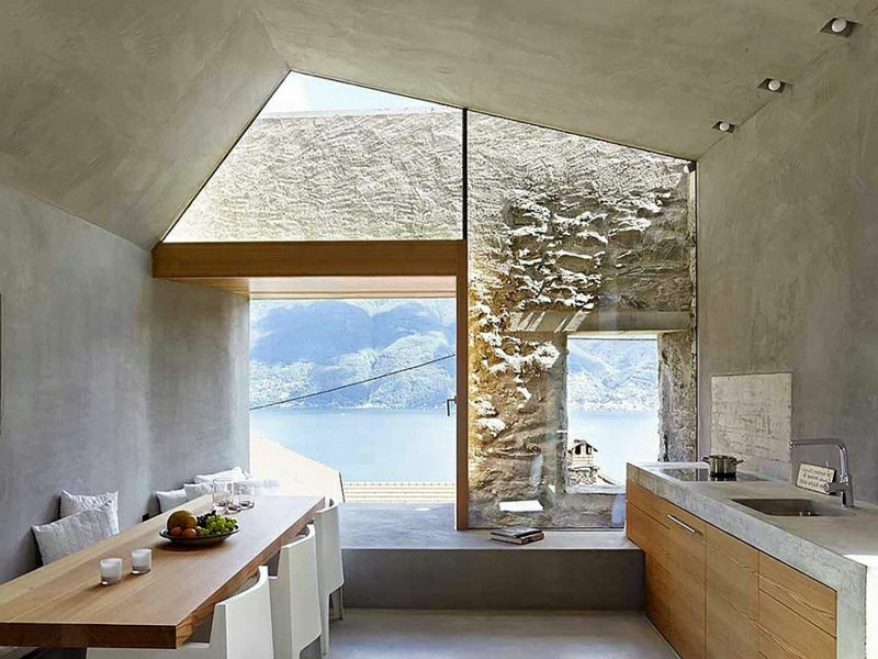 Betonwand Küche Dachschräge Fenster gross