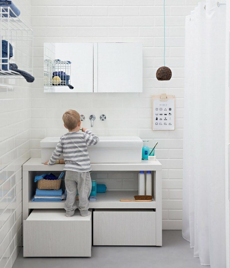 Waschbecken mit Unterschrank Design kinderfreundlich