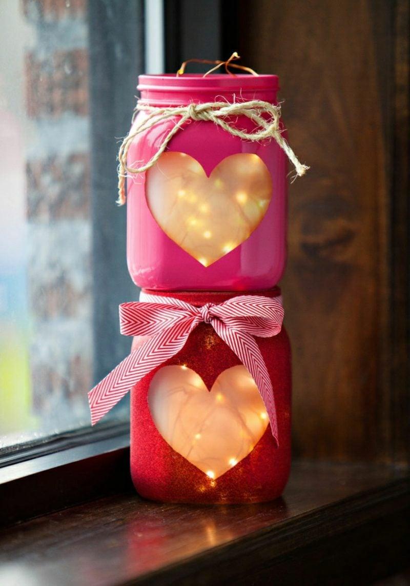 Windlichter basteln Klebefolie Herz Lichterkette