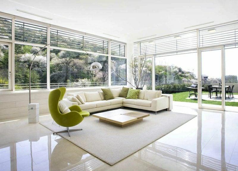 weiβes Wohnzimmer minimalistisch grüne Akzente